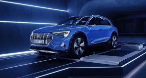 В Audi огласили ценник на электрокроссовер e-tron Quattro: все характеристики