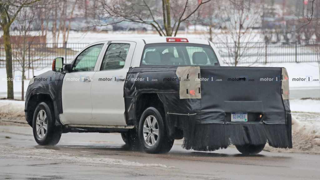 Экономный сарай: в культовую Toyota Tundra добавят электромотор