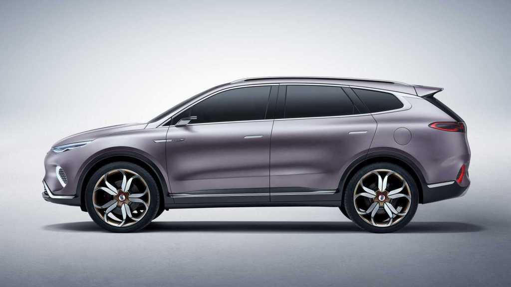 Made in China - дизайн от Mercedes: китайцы представили концепт электромобиля BYD Denza