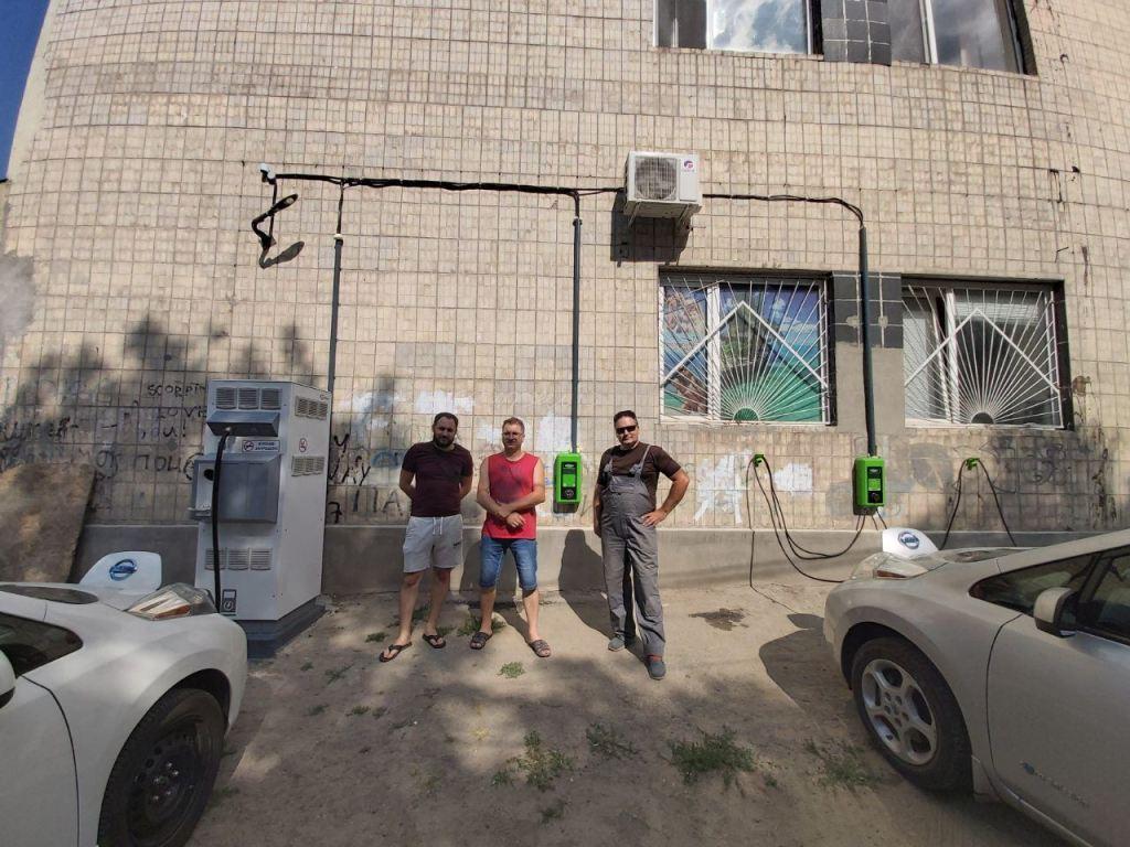В Одессе открыли самую мощную локацию для зарядки электромобилей