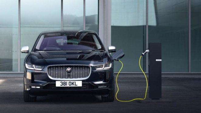 Новий Jaguar i-Pace зроблять дешевшим та менш потужним, щоб конкурувати з Tesla