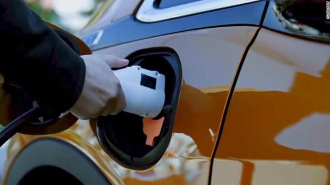 Дані звіту показали, що Tesla найбільше заробляє не на продажу електромобілів