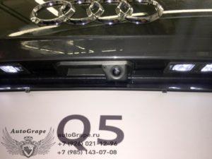 Установка камеры заднего вида Audi Q5