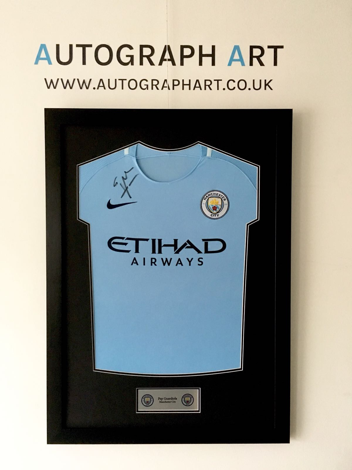 Pep Guardiola Signed Framed Manchester City 201718 Home