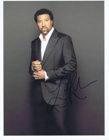 Lionel Richie autograph 8×10 colour photo