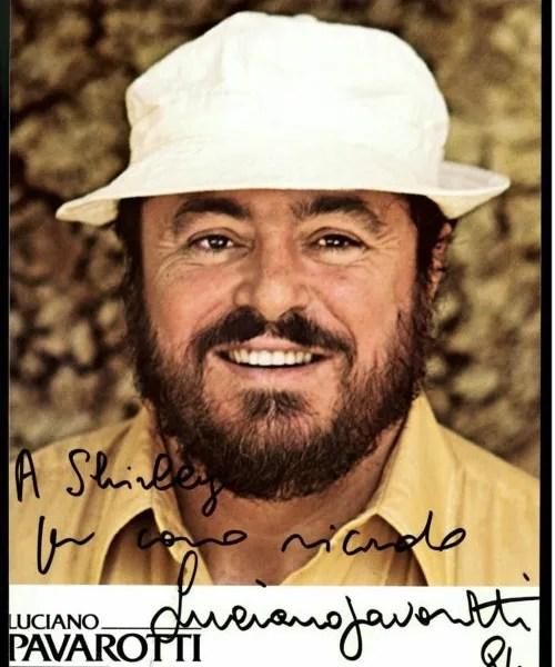 Luciano Pavarotti Autograph promo 84
