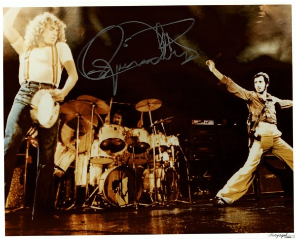 Roger Daltrey Autograph Photo The Who Live 1