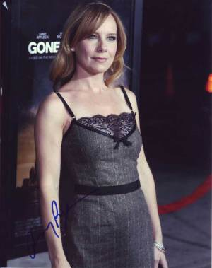 Amy Ryan in-person autographed photo