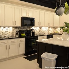 Kitchen Island Marble Top Cushions For The Most Noble And Glamorous Look Of Your Cooking Area