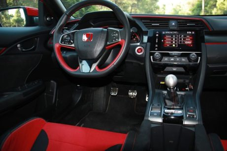 Honda_Type-R_2018_autoholix_30