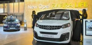 Opel Zafira Life01
