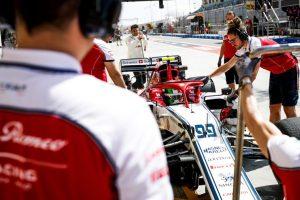 Alfa-Romeo-Racing_2019-GPB-PRE_003
