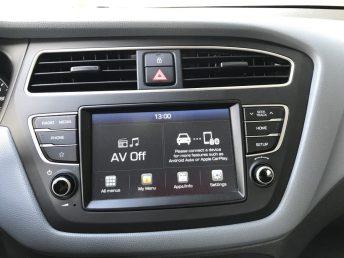 Hyundai_i20_autoholix_04