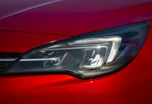 LED headlights of the new Astra