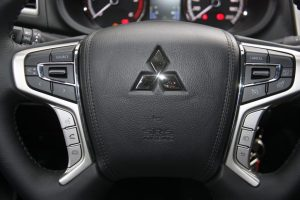 Mitsubishi L200 Autoholix 02