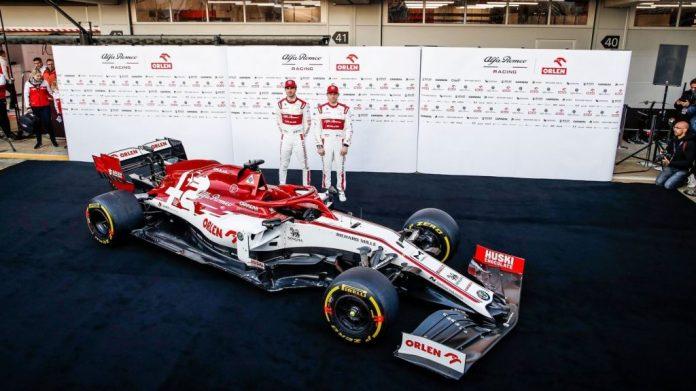 Alfa Romeo Racing Orlen 010