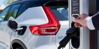 Volvo_Cars_and_Plugsurfing_offer_Europe-wide_charging_