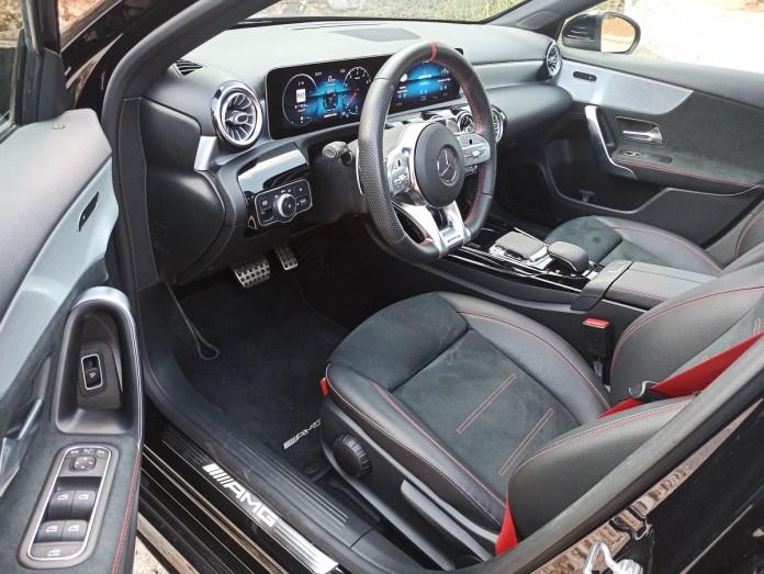 Mercedes AMG A35 sedan 4MATIC 306PS autoholix 2020 025