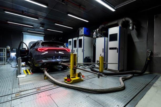 SEAT powertrain test centre2