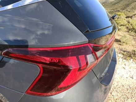Hyundai i20 1.0 100ps autoholix 39