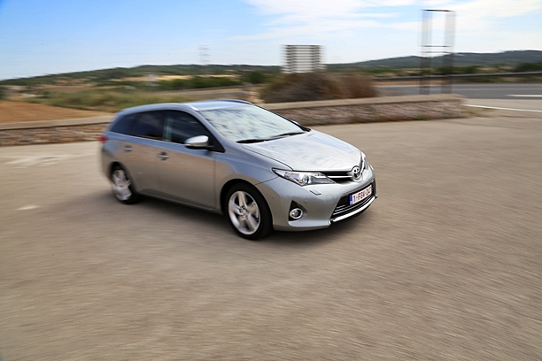 Auris diesel Touring Sports
