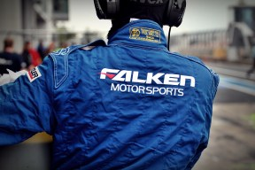 VLN 6 STD Falken Motorsport Boxencrew