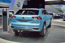 VW Cross Coupe GTE 30 NAIAS 2015