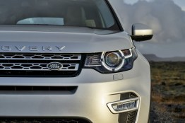 Land Rover discovery Sport01 Indus silbern