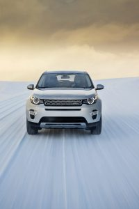 Galerie: Land Rover Discovery Sport in Indus Silbern