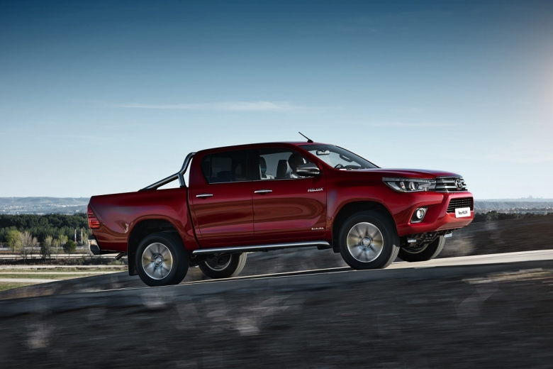 Toyota-Hilux-Pick-Up-2016-Mein-Auto-Blog (3)
