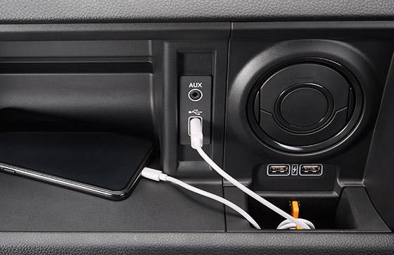 USBオーディオ(AM/FMチューナー機能付)/AUXジャック