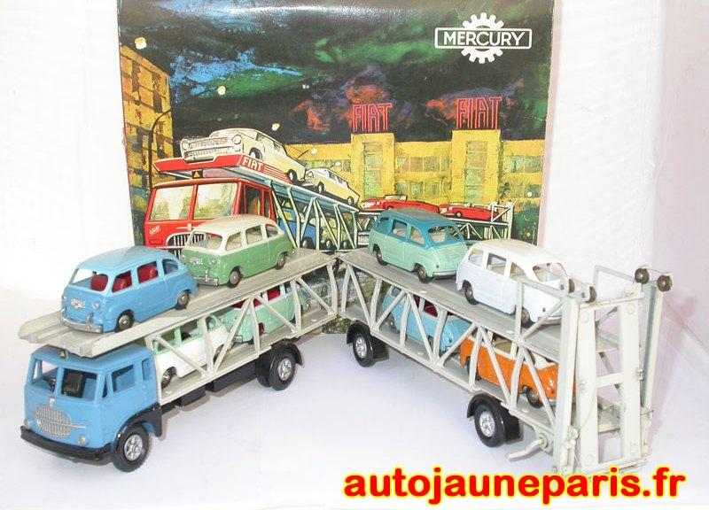 Fiat 682 porte autos et ses 8 Fiat 600 Multipla