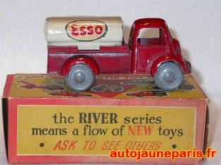 River Series citerne Esso
