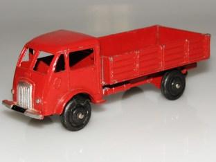 Dinky Toys Ford entrepreneur rouge