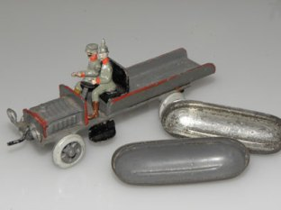 Ernst Plank camion avec canots