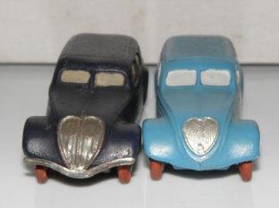 Peugeot 402 JRD: calandre moulée ou rapportée