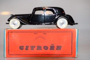 CIJ Citroën traction jantes en acier