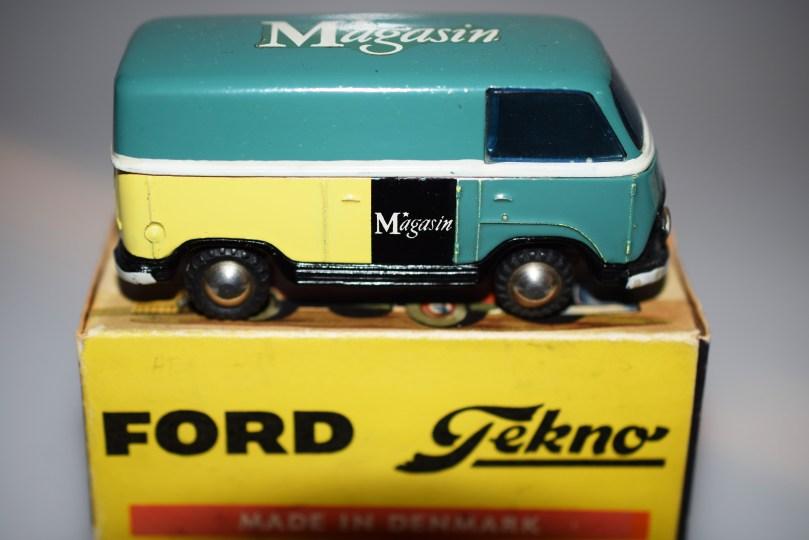 Tekno Ford Taunus Magasins
