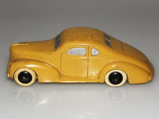 Dinky Toys série 39 Studebaker Commander (prototype bois)