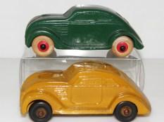 Rubber Chrysler Airflow. la jaune est scandinave