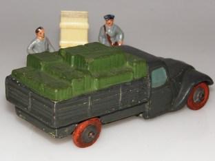 JRD Peugeot 402 ridelles avec caisses