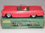 Solido Ford Thunderbird intérieur de couleur verte