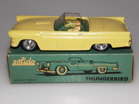 Solido Ford Thunderbird couleur moins fréquente