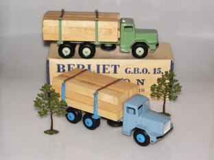 Quiralu Berliet GBO camion fardier