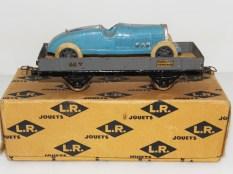 LR-Bugatti sur son wagon