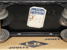 LR-Bugatti étiquette du Bon Marché