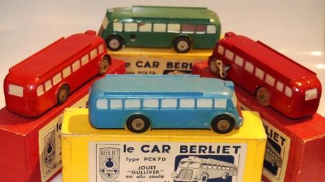 ensemble de cars Gulliver Berliet-pck7D