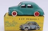 C-I-J Renault 4cv calandre 3 barres jantes en plastique de couleur rouge avec châssis riveté