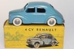 C-I-J Renault 4cv calandre 3 barres jantes en plastique de couleur argent nuance de bleu châssis riveté