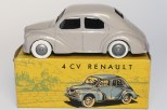C-I-J Renault 4cv calandre 3 barres jantes en plastique de couleur argent nuance de beige